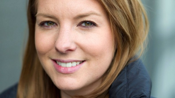 Catherine Ackermann - Die Tochter des ehemaligen Vorstandsvorsitzenden der Deutschen Bank  ist Schauspielerin und stellt sich in Ludwigsburg während der Filmaufnahmen den Fragen von Georg Meck