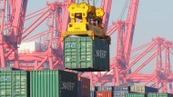 Im Januar herrschte wohl auch am Containerhafen in Peking reichlich Betrieb.