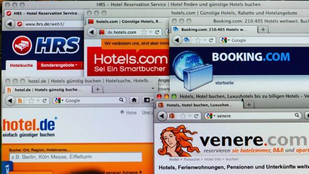 Macht das  Internet die Hotels billiger?