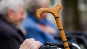 Ein Drittel des Haushalts geht für Altersversorgung drauf