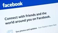 Freunde finden via Facebook: Die Funktion ist wettbewerbswidrig.
