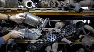 Auffällige Abgaswerte bei mehreren Herstellern