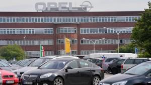 Poker um Opel-Sanierung spaltet die IG Metaller