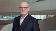 """""""An der Uni und bei der Uno habe ich mehr Raubtiermentalität gesehen als in der Industrie"""": Stefan Oschmann, 63, seit 2016 CEO des Pharma- und Spezialchemiekonzerns Merck aus Darmstadt"""