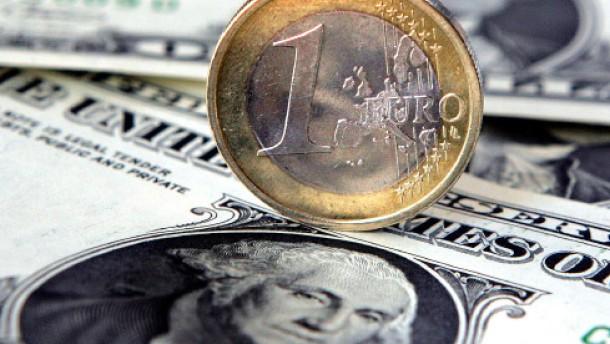 Warum schwanken die Wechselkurse?