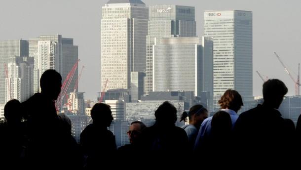 Top-Manager empfehlen Obergrenzen für Vorstandsbezüge