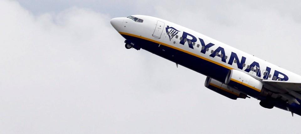 Ryanair Gerät Als Arbeitgeber Ins Zwielicht