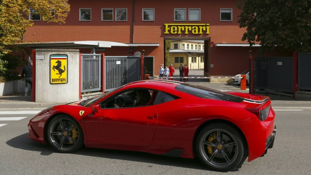 Ferrari geht noch im Oktober an die Börse