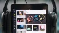 Spotify will an Kontakte und Fotos seiner Kunden
