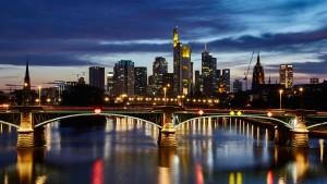 Finanzaufsicht warnt: Deutschland braucht eine große Bank