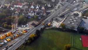 Bahn-Unternehmen fordern wegen Rheintal-Sperrung Millionen