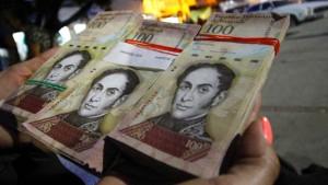Venezuelas Regierung zieht größten Schein aus dem Verkehr