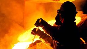 Mehr Geld für Stahlarbeiter