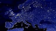 Nachtaufnahme von Europa aus der Luft