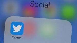 Politiker dürfen bei Twitter nicht alles