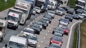 Keine Autobahn-Privatisierung durch die Hintertür