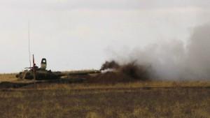 Russland stellt Armeeübungszentrum ohne Deutschland fertig