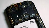 Amerika und China blocken den amerikanischen Mobilfunkausrüster ZTE.