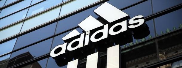 Ein kostspieliger Ausrüstervertrag: Adidas zahlt dem britischen Fußballverein Manchester United jährlich 94 Millionen Euro.