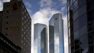 Rechtsstreite brocken Deutscher Bank Verlust ein