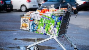 Geringere Mehrwertsteuer und Energiepreise sorgen für negative Inflation