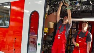 Bombardier baut bis zu 2200 Arbeitsplätze ab