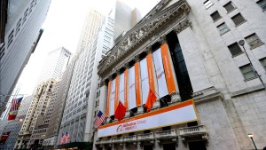 Alibaba lenkt Blick auf Yahoo