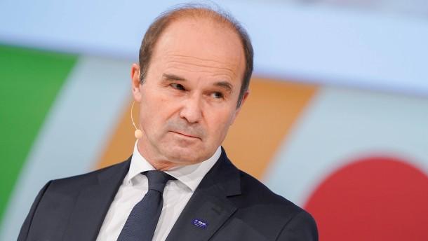 BASF setzt Sparprogramm auf