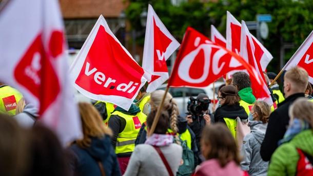 Verdi ruft zu weiteren Warnstreiks im öffentlichen Nahverkehr auf