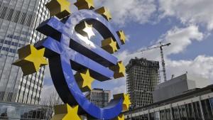 Euro steigt auf Drei-Jahres-Hoch
