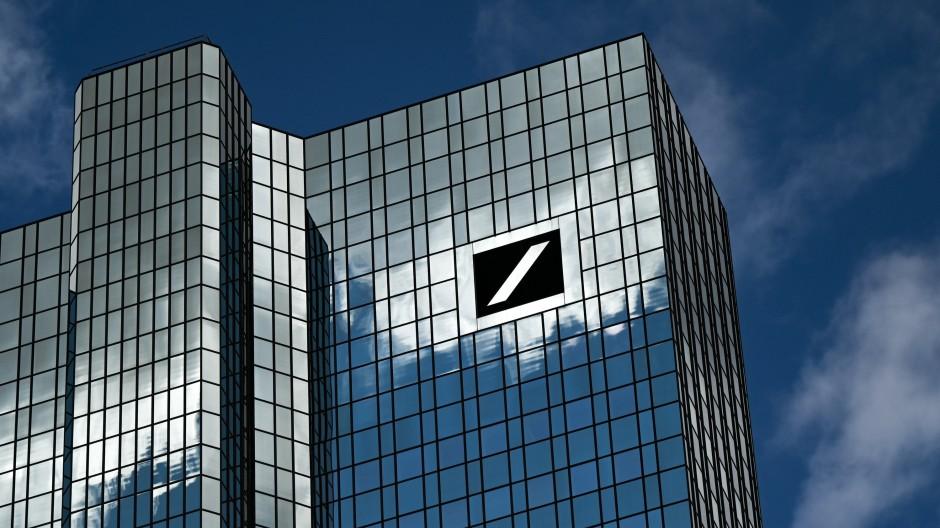 Die Deutsche Bank verstärkt ihre Anstrengungen im Bereich der Zahlungsdienstleistungen.