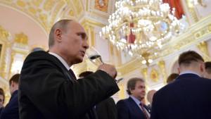 Putin deckt sich mit europäischem Wein ein