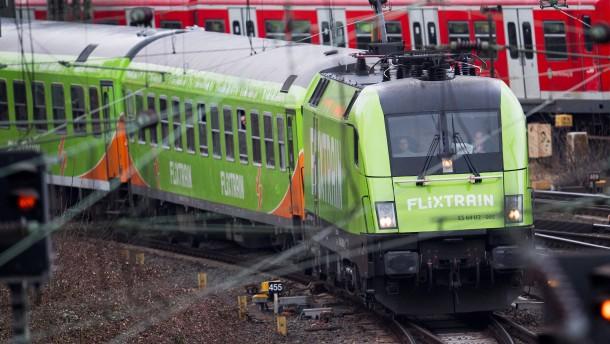 50 Prozent mehr Fahrgäste in Flixbussen und -zügen