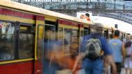 Nie mehr überfüllte Züge? Fahrgäste können mit dem neuen Programm diejenigen Verbindungen wählen, auf denen es die wenigsten Vorkommnisse gegeben hat.
