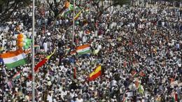 Millionen Inder streiken gegen Wirtschaftspolitik