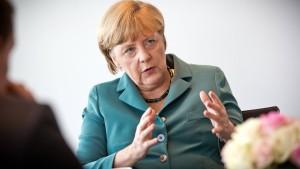 Merkel will sich um Antworten in Abhöraffäre bemühen