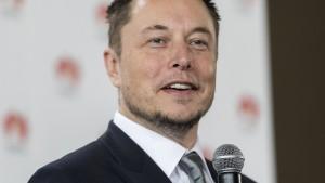 Elon Musk bekommt Geld unter strengen Auflagen