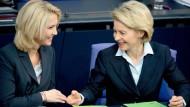 Frauen an der Spitze: Im Bundeskabinett klappt das ganz gut. In den Staatsunternehmen weniger.