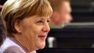 Auch Merkel will mit Milliarden-Überschuss Schulden abbauen