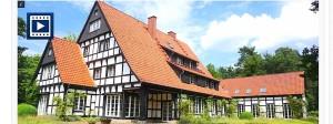 Diese Villa kostet knapp zwei Millionen Euro und soll dem früheren Bertelsmann- und Arcandor-Chef Thomas Middelhoff gehören.