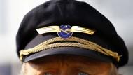 Lufthansa-Piloten stimmen Schlichtung zu