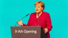 Merkel nimmt Autoindustrie in Schutz