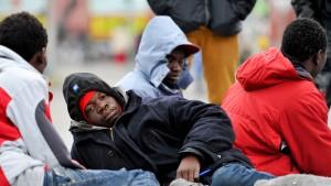 Asylbewerber sollen früher arbeiten