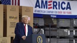 Trump führt Zoll auf kanadisches Aluminium wieder ein