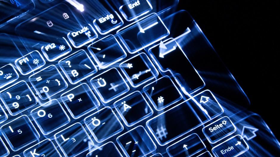 Firmen sehen steigende Gefahr durch Cyberattacken