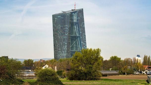 EZB-Direktor warnt Regierungen
