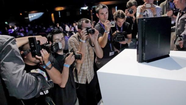 Sony greift wieder an