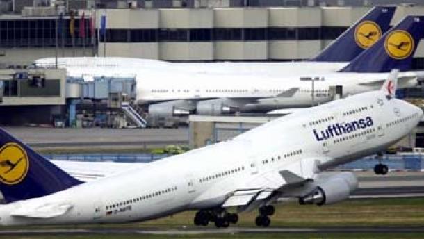 Lufthansa will Kurs auf Milliardengewinn nehmen