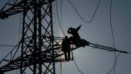 Strom für Deutschland: Arbeit an einer neuen Hochspannungsleitung
