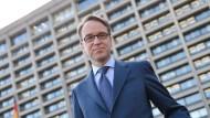 Jens Weidmann schafft viel mehr Gewinn als die Deutsche Bank und die Commerzbank - nicht nur dieses Jahr.